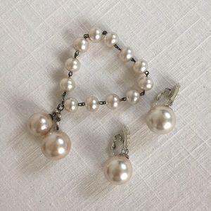 Vintage Pearl Bracelet and Earring set